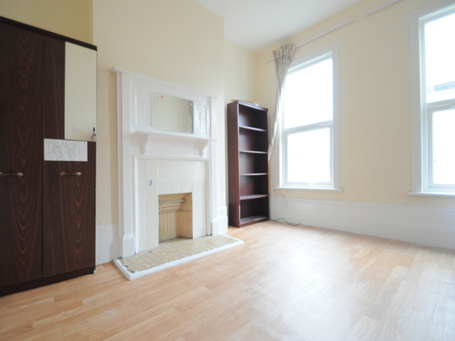 Glengall Road, London, SE15 6NH